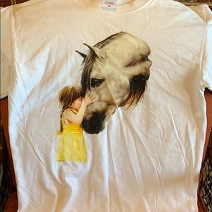 Horse lovers t shirt size medium